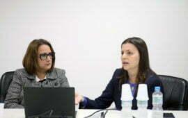 Leticia Ribeiro e Tricia Oliveira realizam seminário na redação da Folha de S. Paulo